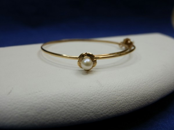 14k Yellow Gold Jewelry Baby Bracelet . Pearls Flowers Marked 585