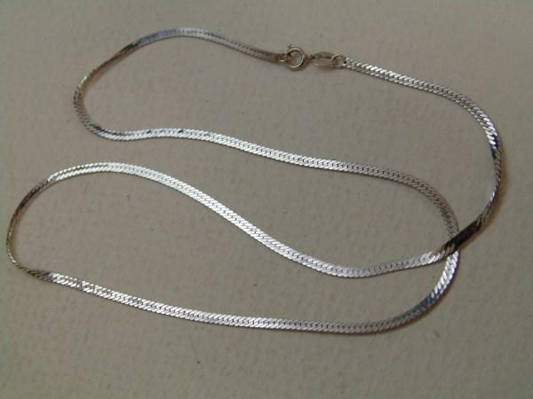 14k White Gold Herringbone Chain Necklace Jewelry