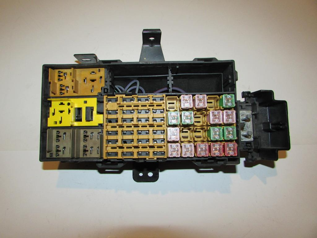 2002 Ford Explorer Underhood Fuse Box Diagram