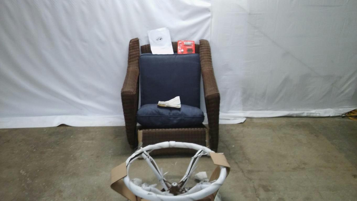 hampton bay swivel patio chairs bathtub chair for babies pallet spring haven wicker