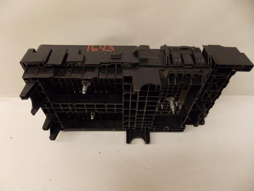 medium resolution of chrysler sedan l under hood relay fuse box block click to close full size item description