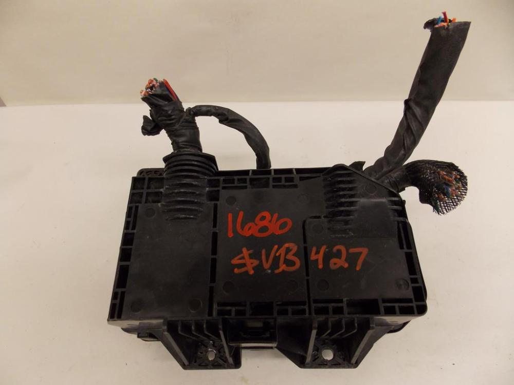 medium resolution of 10 12 hyundai veracruz 3 8l v6 under hood relay fuse box block warranty 1686