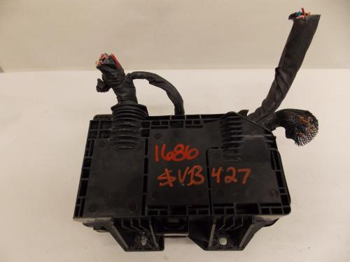 small resolution of 10 12 hyundai veracruz 3 8l v6 under hood relay fuse box block warranty 1686