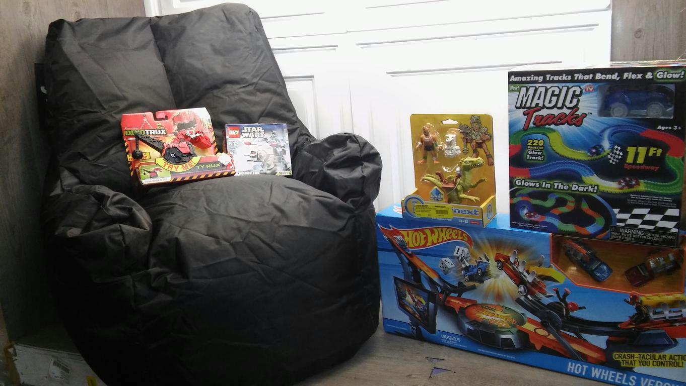 star wars bean bag chair hanging indoor uk kids hot wheels versus magic tracks lego