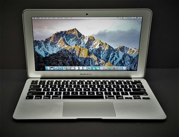 "Apple Macbook Air A1465 11.6"" 128gb .2 Intel Core I5 1"