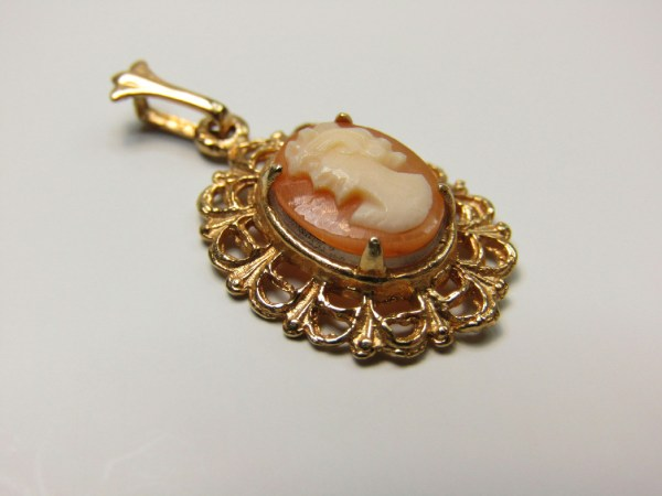 14k Marked Yellow Gold Jewelry Ornate Woman Cameo Small Necklace Pendant
