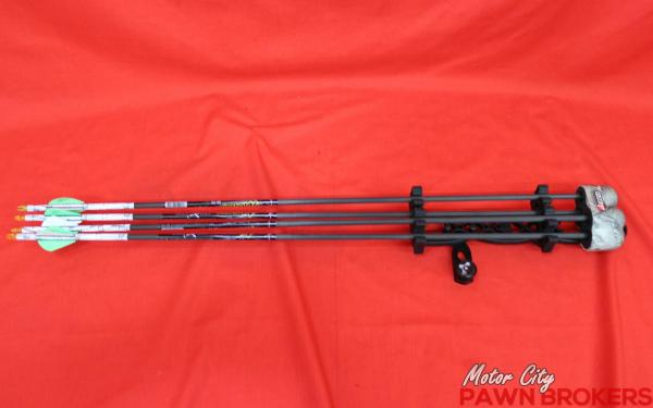 """Hoyt Charger 922677 28"""" Draw Length 50 - 60lb"""