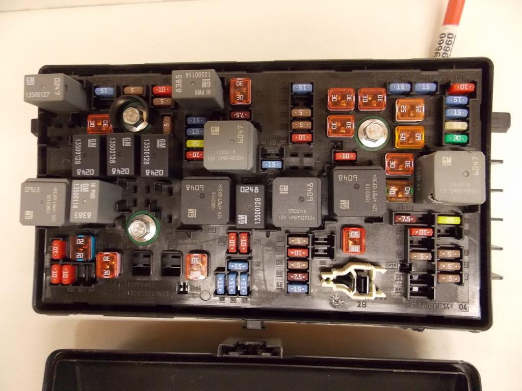 2005 Buick Lacrosse Fuse Box Location Wiring Library 2013 Toyota Highlander