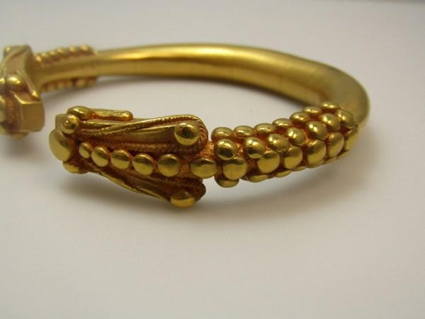 Vintage Metropolitan Museum Of Art Gold Tone Snake Head