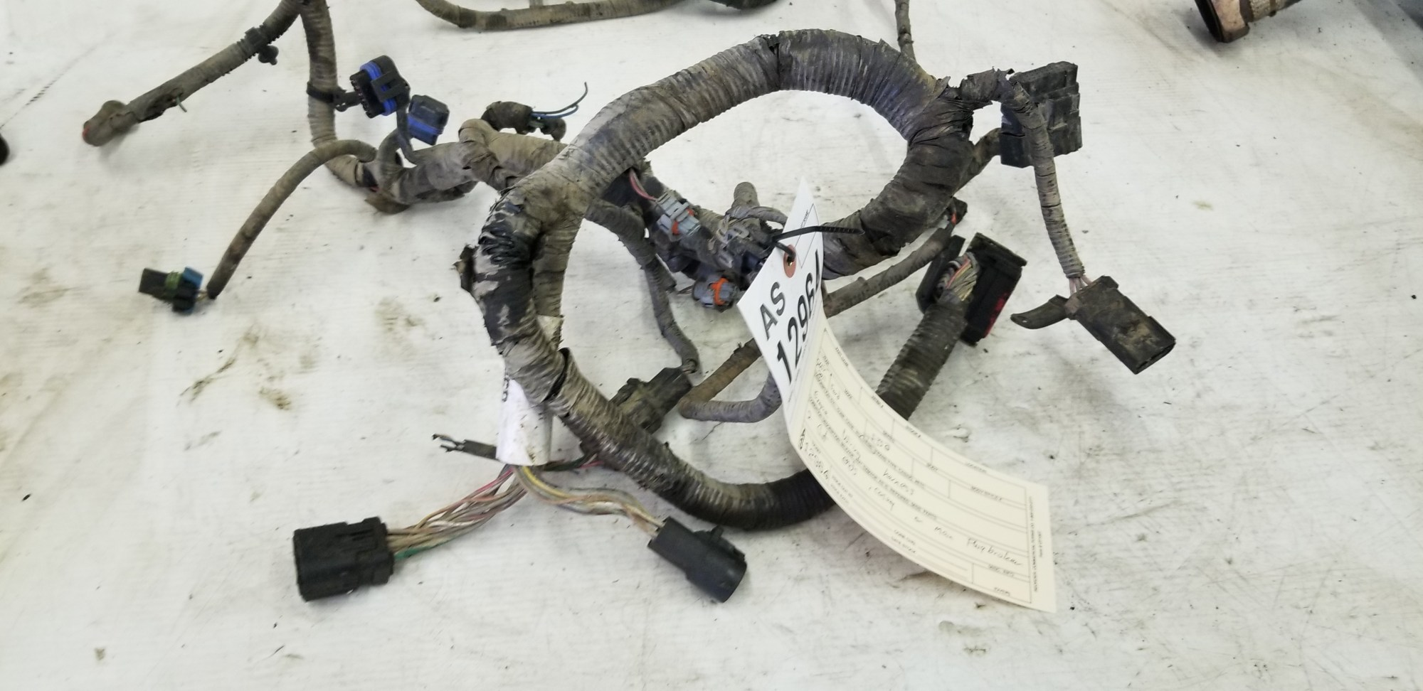 hight resolution of 2005 2007 f350 f250 6 0l powerstroke engine wiring harness tag as12964