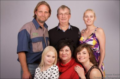 Felicity and Paul Family photoshoot www.picturesquep.co.za