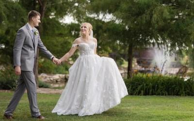 Natalie + Tristin | Wichita Kansas Vineyard Wedding