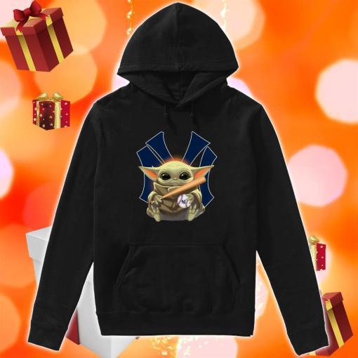 Baby Yoda love New York Yankees hoodie