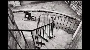 Street Photography - Henry Cartier-Bresson