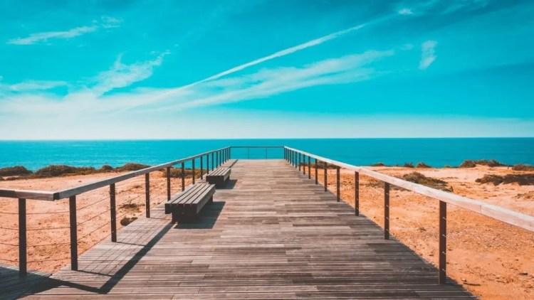 Paesaggio marino a colori