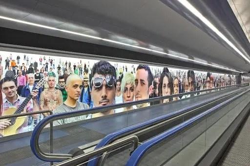 Oliviero Toscani - Razza Umana Napoli