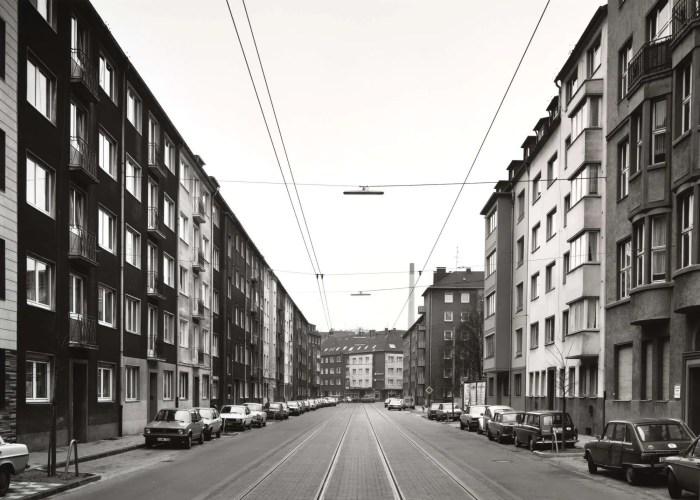 Tomas Struth Sommerstrasse, Düsseldorf, 1980