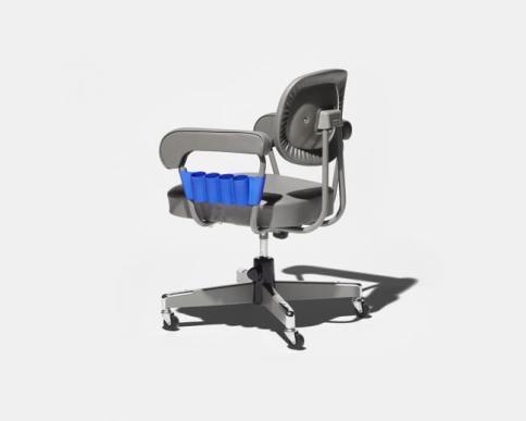 コクヨの椅子の側面にぴったりはまる道具入れ