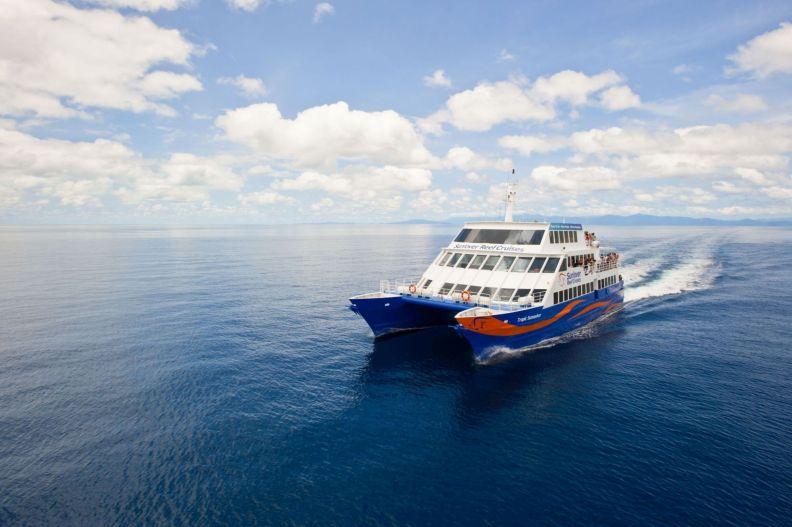 Takéto vlny neboli (Promo fotka Sunlover Reef Cruises)