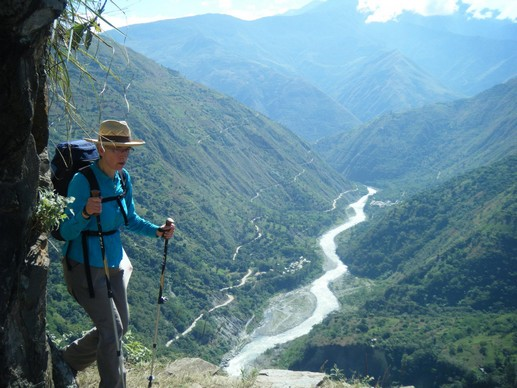 Inca Trail packing list - Hiking inca trail on inca jungle trail