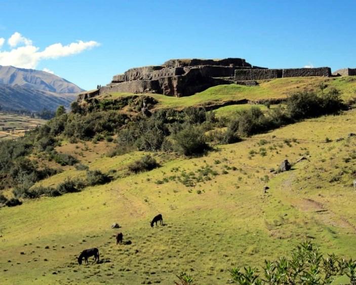 Puka Pukara - Cusco travel Guide