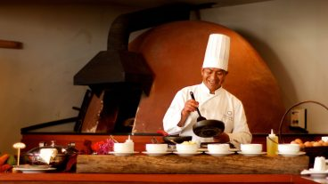 Things to do in Sacred Valley - Aranwa chef.