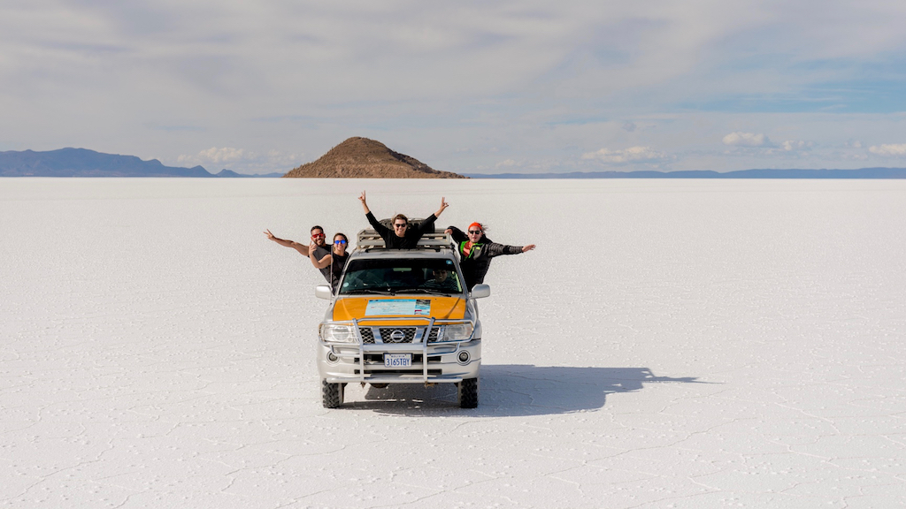 Enjoying the Uyuni Salt flat with comfortable jeep