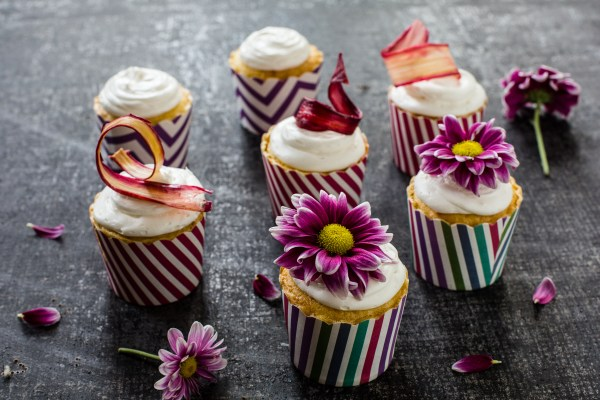 5 Ways Make Cupcakes Stand Piebox - Handcrafted In Usa