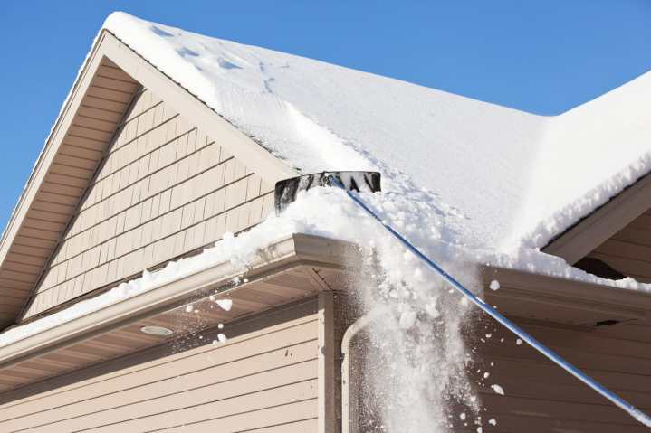 What You Need To Know About Roof Snow Removal Piedmont