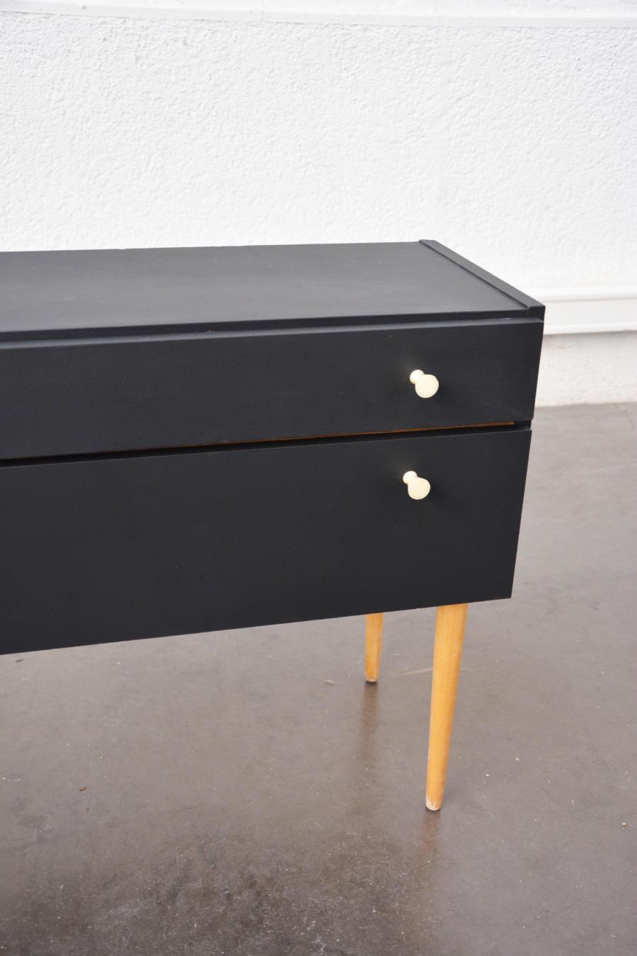 meuble d appoint repeint noir005