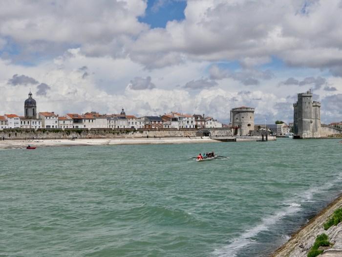 vue sur les trois tours de La Rochelle