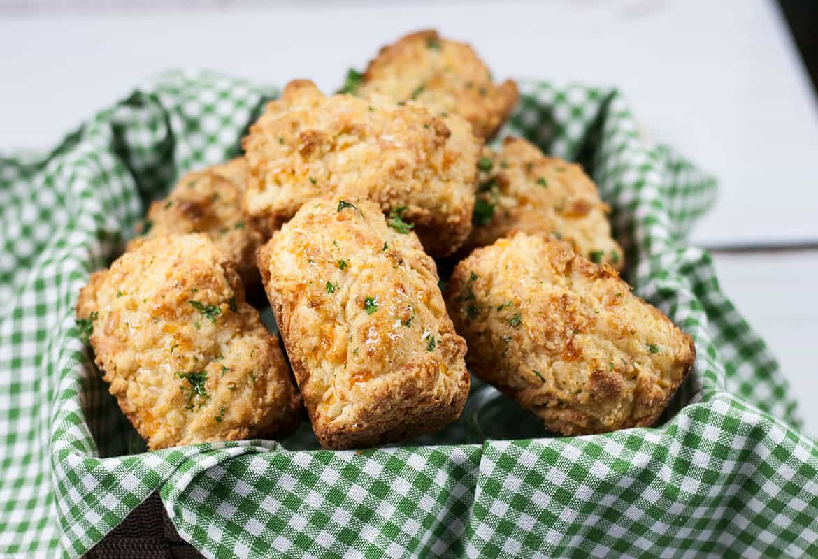 Easy Cheddar Bay Biscuits Recipe   Red Lobster Copycat
