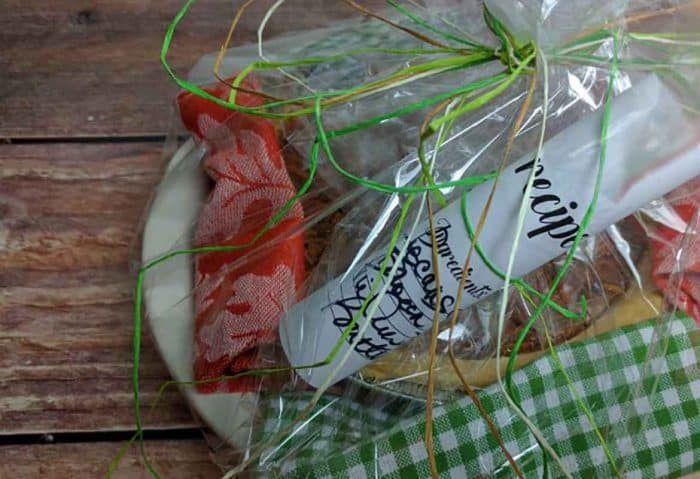 homemade food gifts, baking gifts, bridal shower, DIY, kitchen shower, pies make perfect gifts, the gift of pie