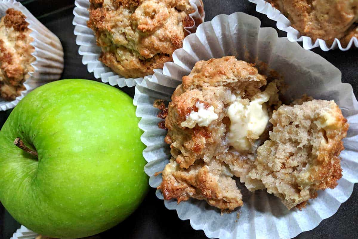 Apple Pie Muffin Recipe | A Great Breakfast Choice!