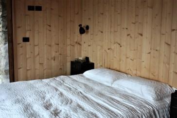 Chandarfei bedroom