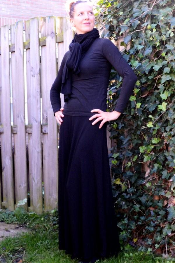 Black Syrah Skirt