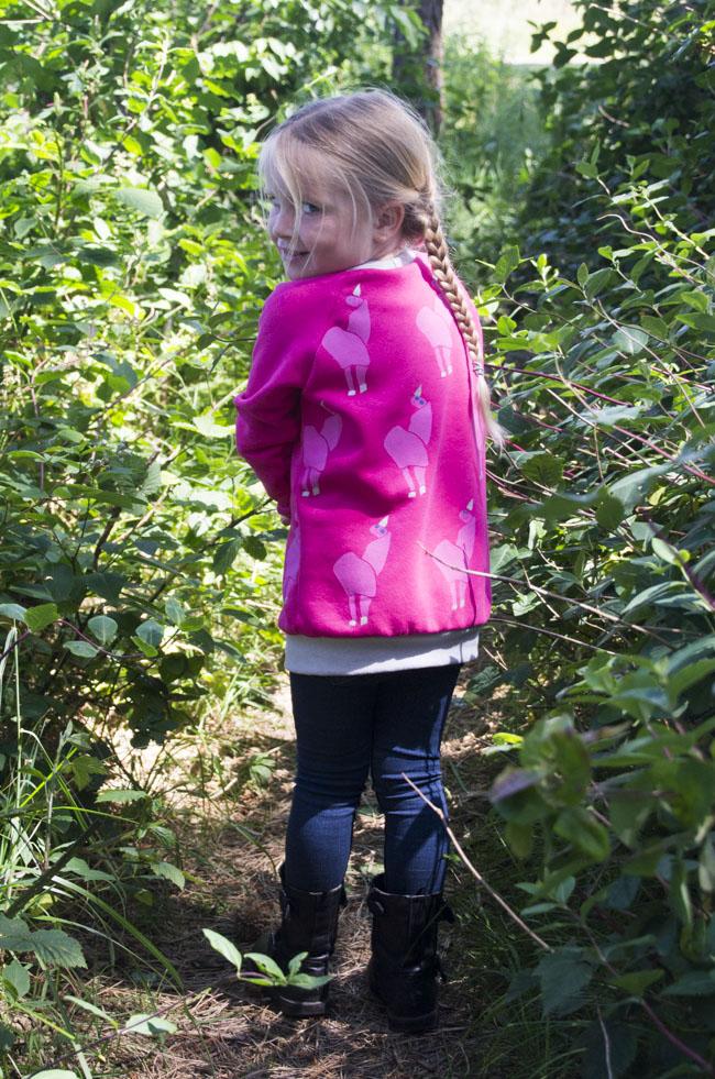 Unicorn Sweater - Bobbinhood workshop Amsterdam Sew Social - pattern, design and sewn by Pienkel