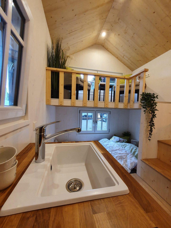 Das große Spülbecken in der Küche der Ahse