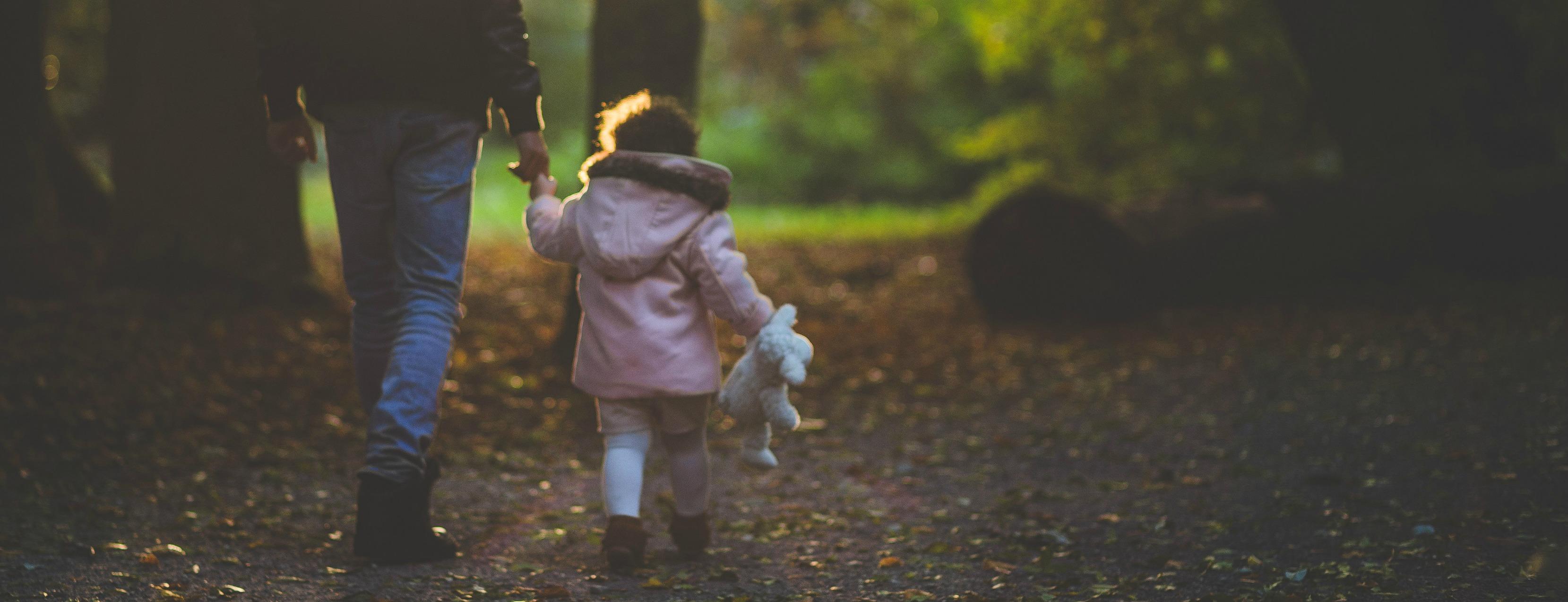 child-dad-daughter-139389