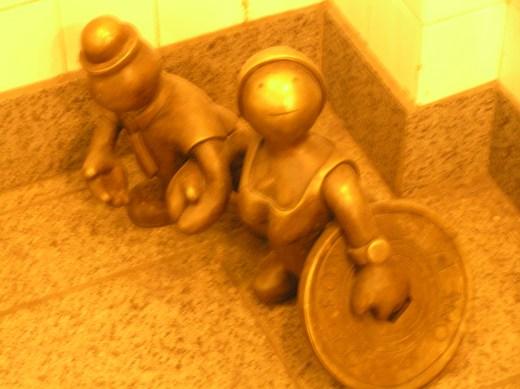 tom otterness, life underground sculptures