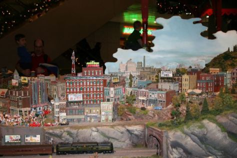 the station at citigroup center, holiday trains display