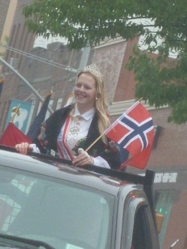 norwegiandayparade_051913_56