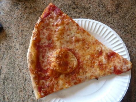 pizza-rinos_090514_02