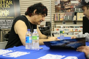 Carmine Appice Signs Some Vintage Vinyl