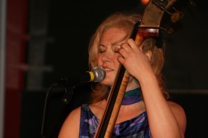 Nicki Parrott from the Les Paul Trio