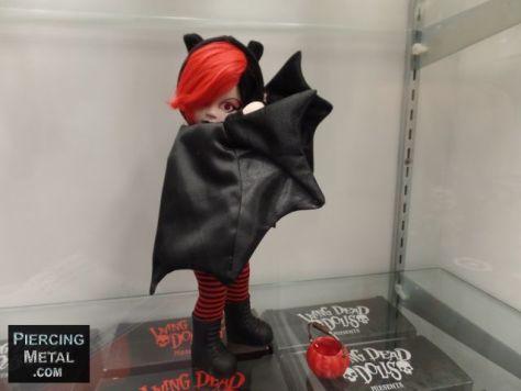 toy fair 2018, mezco toyz, mezco toyz at toy fair 2018