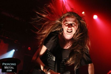 huntress, huntress concert photos, jill janus, jill janus onstage