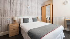 OYO Pier Hotel - Budget Double Room