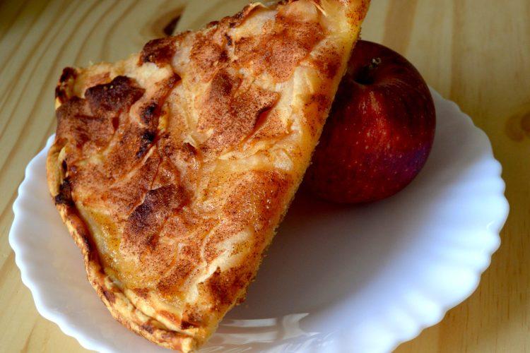 tarta jablkowa, ciasto francuskie, tarta na slodko