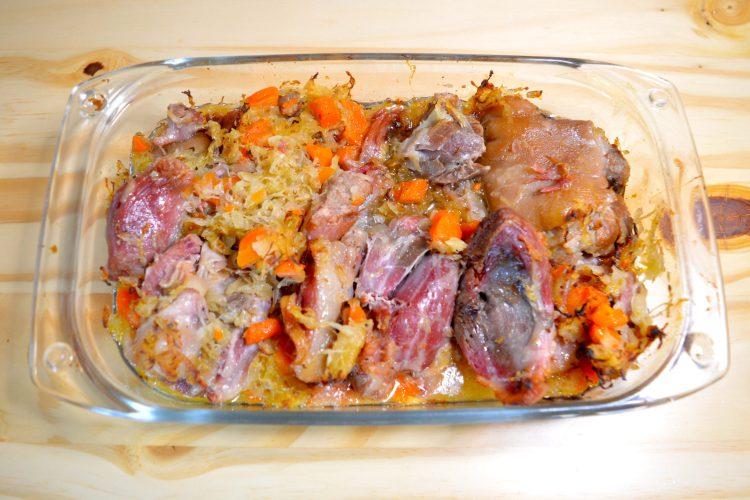 viande de porc, jaret, carottes